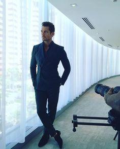 May 13 Bts from photoshoot with courtesy via (ig) David Gandy Style, David James Gandy, Book Boyfriends, Esquire, Stylish Men, Fashion Models, Gentleman, Handsome, Menswear