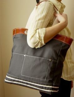 tote from Neiko Designs @ Etsy