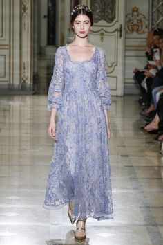 Luisa Beccaria Spring 2016 Ready-to-Wear Collection Photos - Vogue http://www.vogue.com/fashion-shows/spring-2016-ready-to-wear/luisa-beccaria/slideshow/collection#34