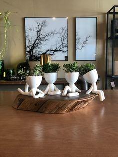 Nordic ceramic creative human face vase set pot home decor crafts room decoration object porcelain Vintage Art flowers vases House Plants Decor, Plant Decor, Vases Decor, Modern Minimalist Living Room, Diy Home Decor, Room Decor, Interior Decorating, Interior Design, Home And Deco