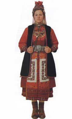 Bridal costume from Ano Orini, Serres. Peloponnesian Folklore Foundation