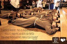 Ordinations sacerdotales de moines brésiliens de la Fraternité Toca de Assis. Priesthood ordination of catholic monks of the Brasilian society Toca de Assis. Ordenacion de monjes catolicos brasileños de la Fraternidad Toca de Assis.