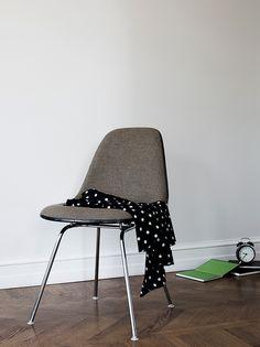 Charles Eames vintage chair 1948   Photo: Daniella Witte