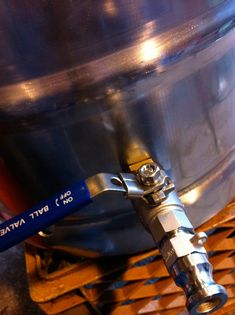 Simply Beer » Blog Archive » How To Build a Keggle Mash Tun