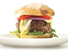 With cooked mushrooms mixed into the patties, these burgers stay very moist and have a great mushroom taste in every bite. Mushroom Brie Burgers by Gourmet Burgers, Burger Recipes, Brie, Hamburgers Gastronomiques, Tasty, Yummy Food, Learn To Cook, Salmon Burgers, Food Hacks