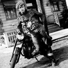 Brando in a Schott Classic Perfecto 618 Jacket.
