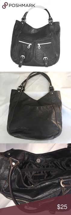 "Relic Black Hobo Bag In great shape, this hobo will fast become your favorite! Slight wear around buckles (shown in photo). Otherwise pristine inside and outside. Measures 14"" on bottom, 11"" tall, 3 1/2"" deep. Relic Bags Hobos"