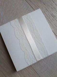 Partecipazioni matrimonio con raso e pizzo - Wedding invite with lace