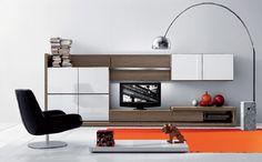 Tip para limpiar y nutrir tus muebles, remedio casero y además económico, sigue este link   http://www.hogarutil.com/hogar/limpieza-orden/muebles/201309/abrillantador-casero-para-muebles-madera-21603.html