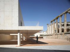 José María Sánchez García, Roland Halbe - www.rolandhalbe.de · Templo de Diana. Mérida, Spain · Divisare