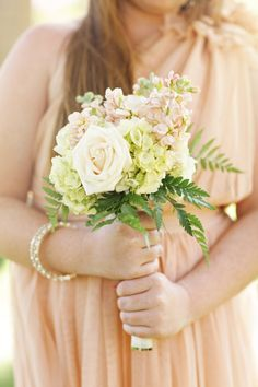 Darling petite bouquet for junior bridesmaids // photo by PriscilaValentina.net