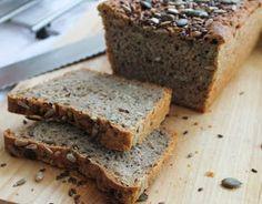 Martine Hilverda: Brood bakken: Speltbrood met Pompoen- en Zonnebloempitjes met Lijnzaadjes. Oven