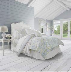 Piper & Wright Flower Bed Blue 4-Pc. Queen Comforter Set Bedding. #bluebedding #bluedecor #bedroomdecor #afflink