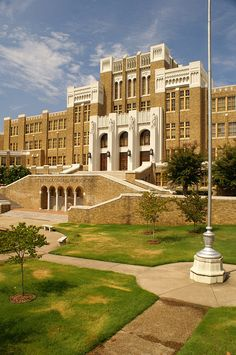 Little Rock Central High School National Historic Site, AR, site of focal desegregation in the 50's, implementing the historic Brown vs. Board of Education decision of the early 50's. The school is still in use today (Photo: Walter Land).