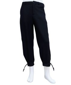 ITOKAWA FILM - DRAWSTRING SQUARE POCKET TAILORED TROUSER (BLACK) http://www.raddlounge.com/?pid=84437232 * all the merchandise can be purchased by Paypal :) http://www.raddlounge.com/   #raddlounge #style #stylecheck #brandnew #fashionblogger #fashion #shopping #menswear #clothing #wishlist #itokawafilm #nike #airrift
