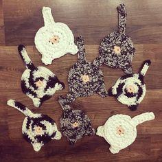 Podkładki pod kubki - koty / crochet cat coaster Cat Coasters, Crochet Bikini, Bikinis, Swimwear, Bra, Sport, Cats, Fashion, Bathing Suits