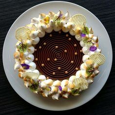 Meringue decorated cake