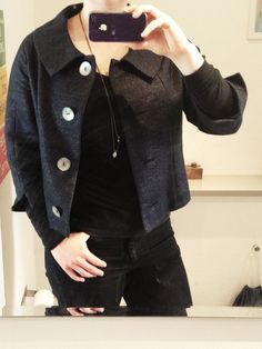 User in jacket from www.shareyourcloset.dk