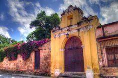 La Antigua Guatemala. Phto by Contraluz Fotografia l Only the best of Guatemala