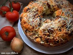 Monkey Bread – opičí chléb – Vůně chleba Monkey Bread, Pulled Pork, Bagel, Meat, Chicken, Baking, Ethnic Recipes, Food, Russian Recipes