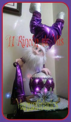 Dora Lopez's media content and analytics Purple Christmas, Santa Christmas, Christmas Crafts, Xmas, Christmas Ornaments, Holiday Banner, Holiday Decor, Cute Christmas Decorations, Polymer Project