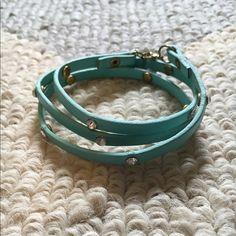 Triple wrap blingy bracelet Great condition only worn twice Jewelry Bracelets
