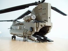 Lego Chinook Chinook Helicopter In Lego Lego Ww2, Lego Soldiers, Lego Helicopter, Lego Plane, Lego Design, Legos, Lego Boot, Chinook Helicopters, 4x4