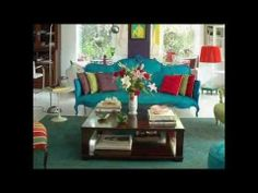 Be bold and design your living room in your favorite color combinations! We offer you 14 colorful living room designs that you'll surely find useful. Colourful Living Room, Living Room Colors, Living Room Designs, Living Room Decor, Living Spaces, Colorful Rooms, Living Rooms, Sofas Vintage, Antique Couch