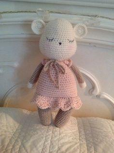 Souricette la coquette(modèle tendre crochet 2)
