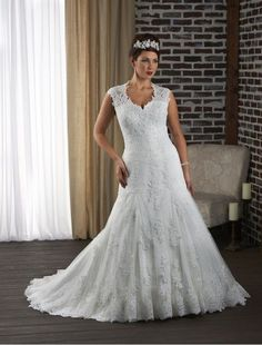 Tulle and Lace Sweetheart Mermaid Plus Size Wedding Dress with illusion Sleeves RC0055 - Bridal Gowns - RainingBlossoms