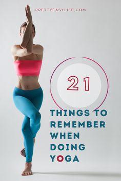 21 do's and don'ts for your first Yoga practice Power Yoga Poses, Yin Yoga Poses, Restorative Yoga Poses, Prenatal Yoga, Yoga Facts, How To Start Yoga, Practice Yoga, Yoga Motivation, Yoga Photography
