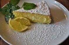 Wer gerne Zitronen mag, sollte dieses Rezept wirklich einmal ausprobieren.  Der Kuchen ist super saftig und schmeckt unheimlich frisch. Auch...