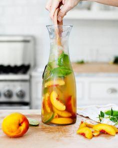 Ginger Peach Sangria #summer #sangria #cocktail
