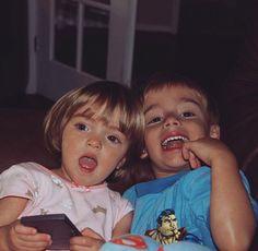 Awww sis and bro cuties Orlando, Siblings Goals, Sibling Poses, Hayden Summerall, Bratayley, Mackenzie Ziegler, Family Album, Cute Guys, Instagram