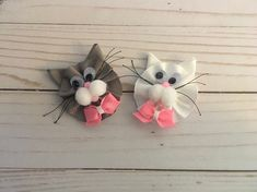 Kitty Ribbon Sculpture Hair Bow on a partially lined alligator clip with heat sealed ribbon to prevent fraying