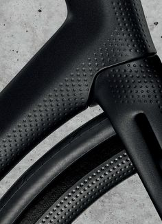 attaining their goal took more than two years of hard work, during which they had to reinvent everything for the heroin bicycle, from the type of carbon fiber to the shape of the tubes to the finish texture.