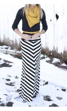 Maxi Skirt outfit for Fall/Winter. but with my pink belt and pink scarf