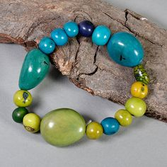 Tagua elastic bracelet green turquoise by ColorLatinoJewelry