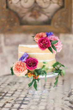Spanish wedding cake | Wedding & Party Ideas | 100 Layer Cake | Image by Phoenix, Arizona wedding photographers, Pinkerton photography