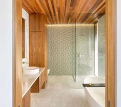 Here are 16 examples of contemporary bathrooms that have bathroom tiles that add texture and a sense of luxury to the bathroom. Zen Bathroom Decor, Condo Bathroom, White Bathroom Tiles, Bathroom Ideas, Bathroom Designs, 3d Tiles, Glass Tiles, Powder Room Design, Shower Floor