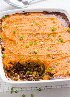 Clean Eating Shepherd's Pie Recipe with ground turkey, beans, peas, no dairy and sweet potatoes with skin on for a delicious creamy crust.