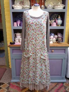 Fab Floral Largenlook Layering Tunic Dress with Drop Hemline and Patch Pockets