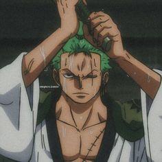 One Piece Anime, One Piece Gif, One Piece Photos, Zoro One Piece, Anime Guys, Manga Anime, Go Wallpaper, Roronoa Zoro, Cute Images