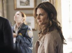 """Beckett Arrives at the Crime Scene in Castle Season 5, Episode 5: """"Probable Cause"""""""