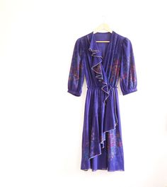 Vintage dress // purple gold floral dress // by superqueenieretro