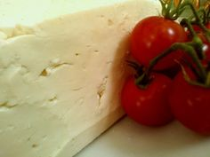 Branza telemea - Cum se face / How to make cheese - magazinul de acasă Homemade Cheese, How To Make Cheese, Food And Drink, Cooking Recipes, Vegetables, Face, Canning, Vegetable Recipes