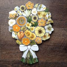 Sticking with the wildlife theme. Mosaic Crafts, Mosaic Art, Mosaics, Mosaic Flowers, Flower Quotes, Wildlife Safari, Stained Glass, Recycling, Bouquet