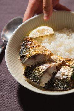 제주 고등어구이 : 맛있게 구워진 제주도 고등어구이로 집밥을 먹읍시다! 천일염으로 간을 맞춘 고등어구이입니다.