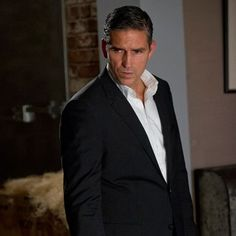 I just love Person of Interest! Great show with my favorite actor!