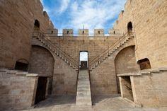 Valencia, Torres de Serranos por dentro. Monumental Architecture, Valencia City, Barcelona, Parcs, Pompeii, Spain Travel, Our World, Tower Bridge, Photos